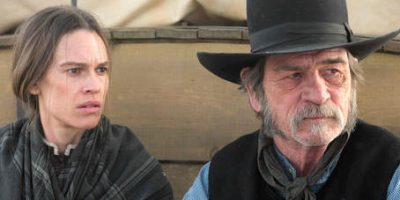 Thelma Adams on Hilary Swank and Tommy Lee Jones Amaze in 'The Homesman'