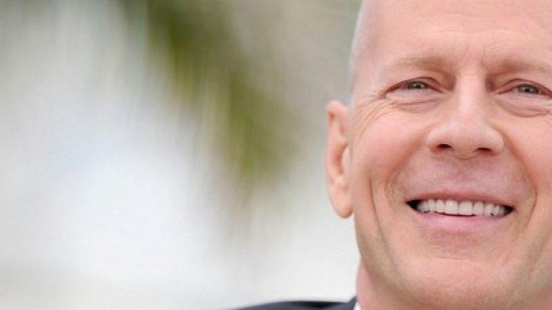 Precious Cargo – Bruce Willis, Max Adams